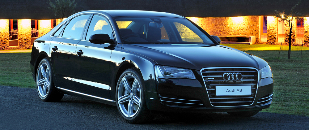 <h3>AUDI A8</h3>Executive-Klasse. Moskau.